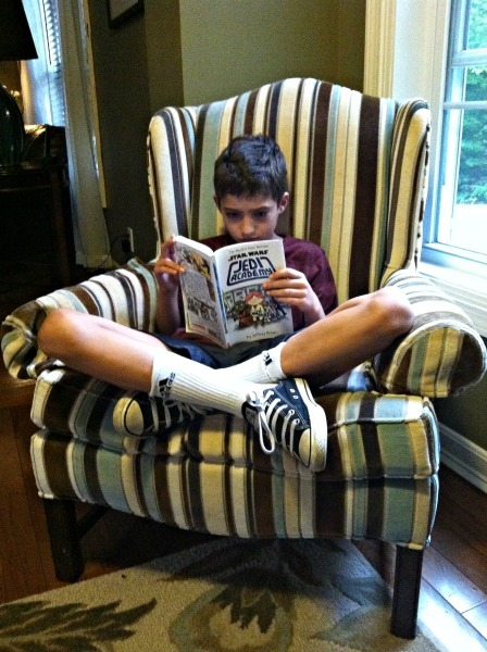 Kids love reading--www.thethreeyearexperiment.com