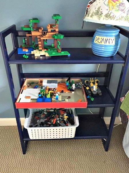 Legos--www.thethreeyearexperiment.com