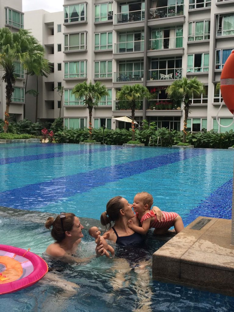 Budget travel with kids Singapore stay free pool
