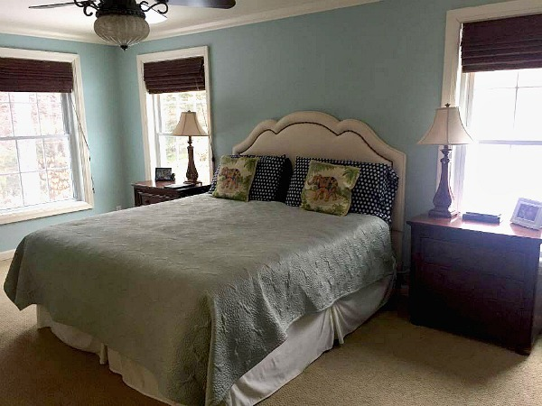 Organized bedroom a year of good habits--www.thethreeyearexperiment.com