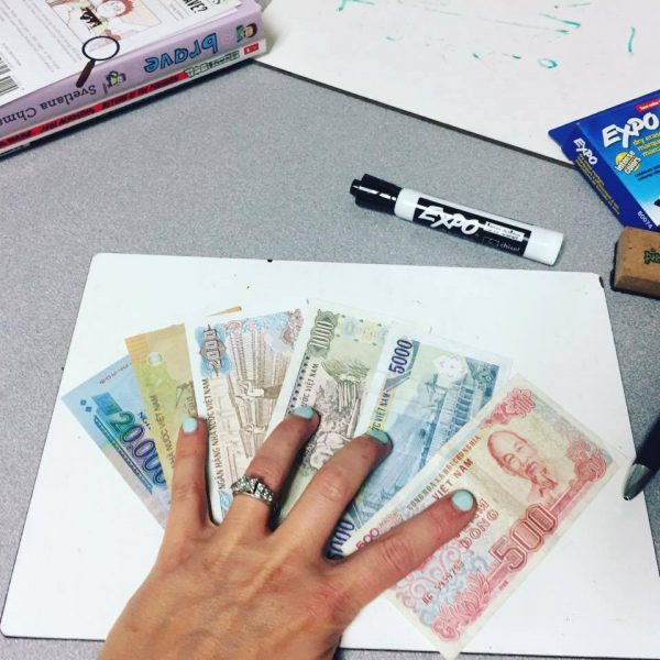 Vietnamese money--www.thethreeyearexperiment.com