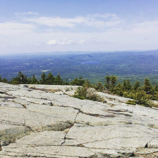 Fall hike--www.thethreeyearexperiment.com