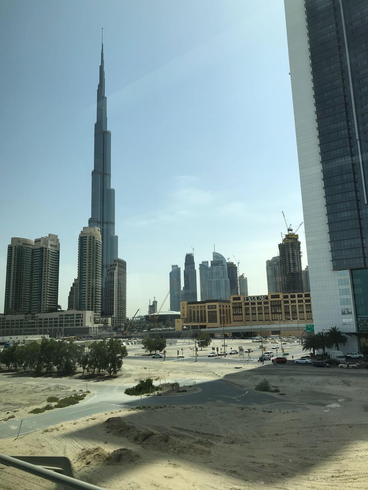 Burj Khalifa Dubai www.thethreeyearexperiment.com